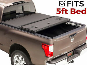 Extang Solid Fold 2 0 Tonneau Cover For 2005 2017 Nissan Frontier 5 Bed