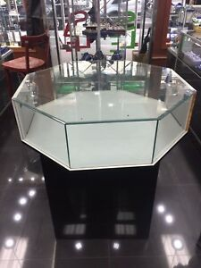 Custom Octagon Jewelry Show Case Display Fixture Assemble Black Mirror Bottom