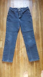 Lee Classic Fit at the Waist Jeans Women's Size 10 Petite Medium Wash Jeans