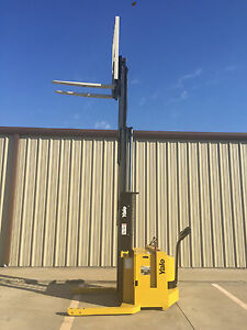 2002 Yale Walkie Stacker 24 Volt Straddle Walk Behind Forklift 153 Lift
