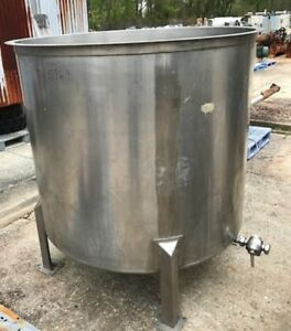 Used 500 Gallon Sanitary Stainless Steel Tank Open Top And Slant Bottom