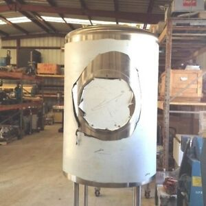 Approx 200 Gallon Sanitary Construction Food Grade Pharmaceutical Vertical Tank