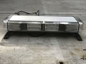 Whelen Mini Freedom Iv Led Light Bar Custom Made With Edge 9000 Frame