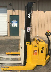 2006 Yale Walkie Stacker Walk Behind Forklift Straddle Lift Only 3035 Hours