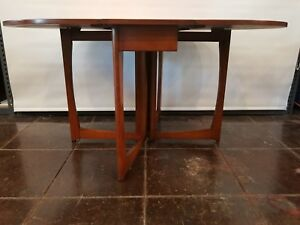 Mid Century Danish Modern Drop Leaf Gate Leg Dining Table