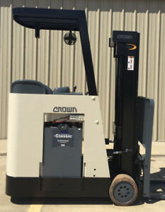 2005 Crown Rc 3020 30 Forklift Stand Up Electric Recond Battery 11 104 Hours
