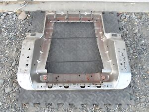 02 03 04 05 06 Chevy Avalanche Frame Driver Lh