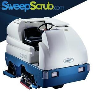 Tennant 7300 40 Cylindrical Battery Powered Rider Floor Scrubber