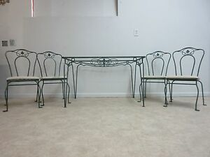 Vintage Regency Outdoor Patio Porch Dining Room Table 4 Chairs Set