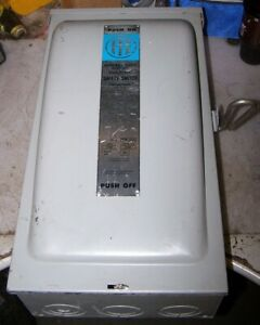 New Ite 200 Amp Non fused Raintight Safety Switch 240 Vac 3 Phase 60 Hp Nfr324