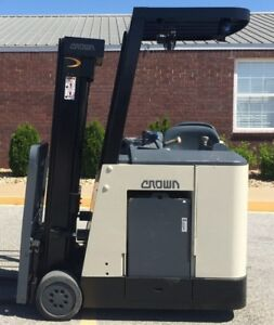 2005 Crown Rc 3020 30 Forklift Stand Up Electric Recond Battery 11 190 Hours