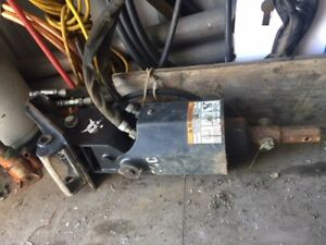 Auger Bobcat 30c Hydraulic On Xchange Bracket For Excavator 20 And 9 Bits