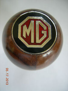 Mg Mgb Walnut Wood Gear Shift Knob With Metal Mg Emblem Metal Thread 68 76