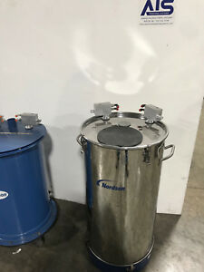 Nordson 80lb Nhr 2 80 Stainless Steel Fluidizing Powder Hopper Refurbished
