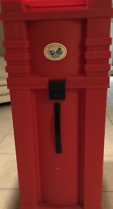 Nomadic Display Pop up Trade Show Red Rolling Storage Travel Case Road Rolling