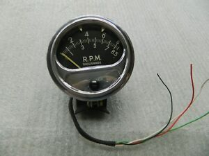 Sun Used Rc 85 Tachometer And Chrome Mounting Cup