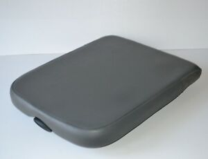 2002 2008 Dodge Ram 1500 Light Grey Center Console Armrest Lid Cover Gray Oem