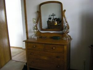 Antique Oak Dresser With Mirror 1900 S