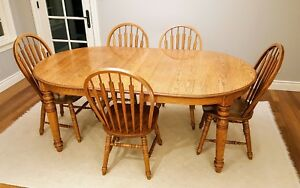 Richardson Brothers Solid Oak Dining Table And Set Of 5 Dining Chairs