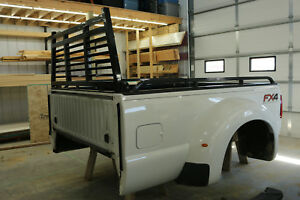 2015 Ford Dually Truck Bed Excellent Condition