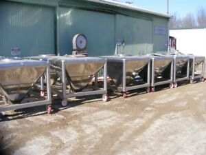 Approx 200 Gallon 800 Liter Sanitary Stainless Steel Portable Cone Tote Tank