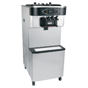 Taylor Soft serve Ice Cream Froyo Water cooled Model C713 33