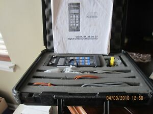 Omega Cl26a Calibrator thermometer With Case