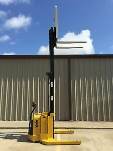 2008 Yale Walkie Stacker Walk Behind Forklift Straddle Lift Only 1626 Hours