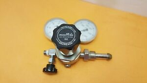 Airgas General Purpose Single Stage Shutoff Valve Regulator Indicator Air Gas