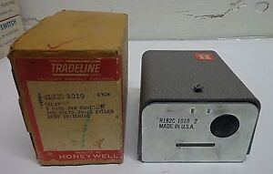 New Honeywell Tradeline Control Switching Relay Model R182c 1010 Free Shipping