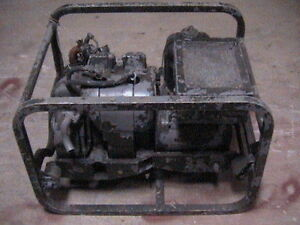 Vintage Military Army Generator Model Ce 016 ac 120 Or 240 Volts 2 Cylinder Gas