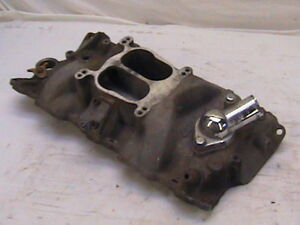 Edelbrock Performer Small Block Chevy Intake Manifold Used Sbc
