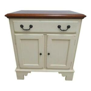 Ethan Allen Country Crossings Chippendale Painted Lamp End Table Night Stand B