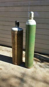 Oxygen And Acetylene Tanks Commercial Size For Welding And Cutting Metal