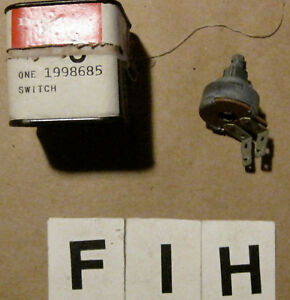1960 Oldsmobile Windshield Wiper Switch Gm Part 1998685