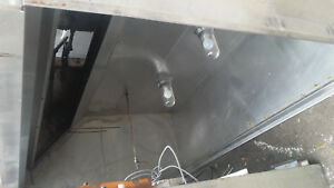 6 Exhaust Hood With Fan And Fire Supression