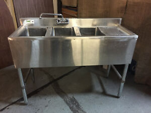 Nsf Regency Triple Sink Stainless Commercial 48 X 37 X 19 With Faucet Legs