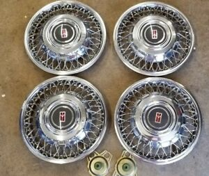 88 89 95 Oldsmobile Ninety Eight 14 Wire Wheel Cover Hubcap Set Of 4 Excellent