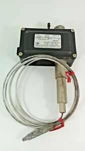 United Electric Temperature Control Switch D5g 89b Range 125 425 f Remote Mount