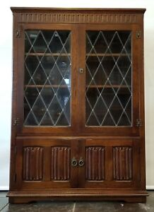 Priory Bennet Woodworks Manchester Oak Tudor And Lead Glass Spanish Bookcase