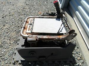 02 03 04 05 Ford Explorer Mountaineer Memory Power Seat Track Power Lumbar Lh