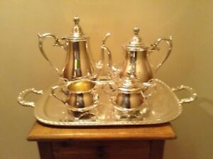 Vintage Wm Rogers Quality Silverplate Victorian Rose Coffee Tea Set With Tray