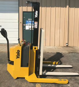 2002 Yale Walkie Stacker 12 Volt Straddle Walk Behind Forklift Only 1584 Hours
