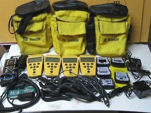 Lot Of Four 4 Trimble Geoexplorer Ii Model 17319 Handheld Mapping With Extras