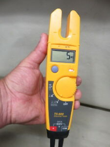 Fluke T5 600 Electrical Tester Voltage Continuity Current Parts repair