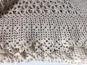 Vintage Crochet Bed Cover Spread Coverlet Beige Scalloped 80x82