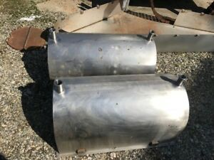 Used 35 Gallon Stainless Steel Tank 34 Lgth X 18 Wide X 18 Ht Flat Bottom