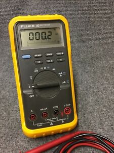 Fluke 83 Dmm Multimeter Digital With Probes excellent And Guaranteed