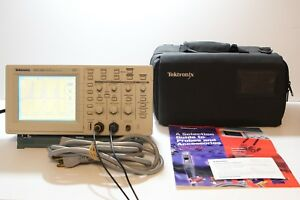 Tektronix Tds220 100mhz Two Channel Digital Oscilloscope Dso Tds 220 Carry Bag