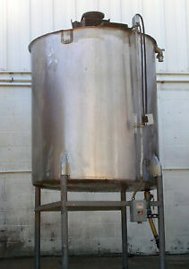 Chem tek 533 Gallon Stainless Steel Mixing Tank W Motor And Agitator Blades
